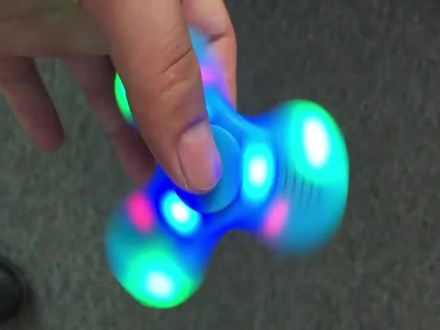 2017  plastic fidget LED spinner bluetooth speaker thumbnail image