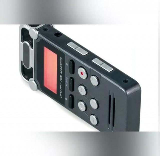 L56 digital voice recorder thumbnail image