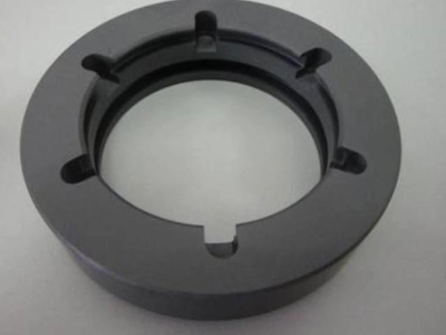 Silicon carbide ceramic