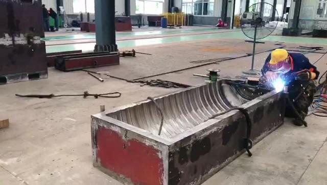 Yankang blow molds workshop thumbnail image