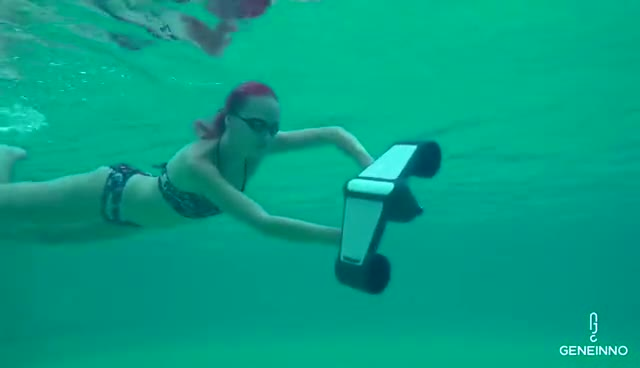 trident underwater scooter thumbnail image