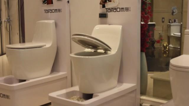 Taitao Ceramic Toilet PP/UF seat cover Soft Close