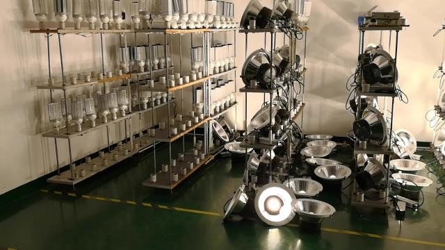 High power LED downlights pre-shipment test