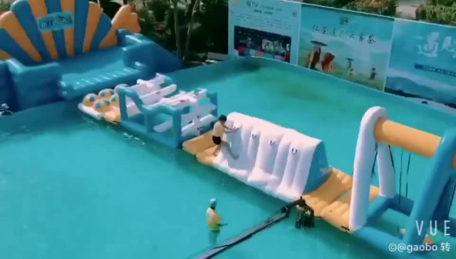 outdoor giant inflatable floating water park thumbnail image