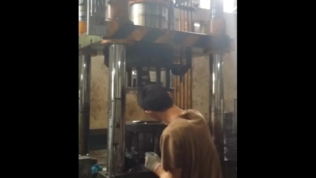 deep drawing hydraulic press for metal pot making