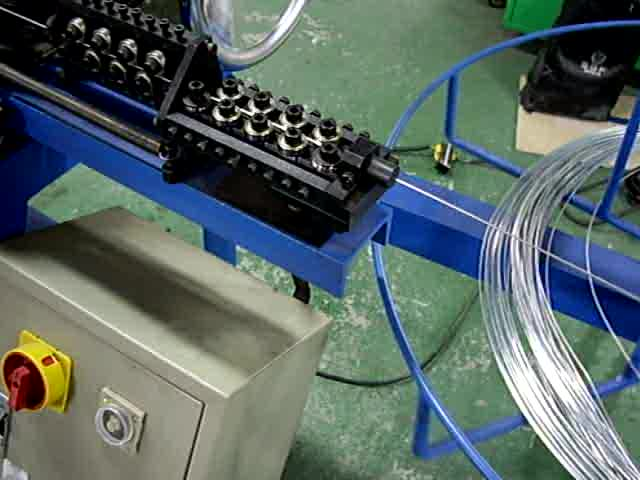 c-ring making machine, hog ring making machines thumbnail image