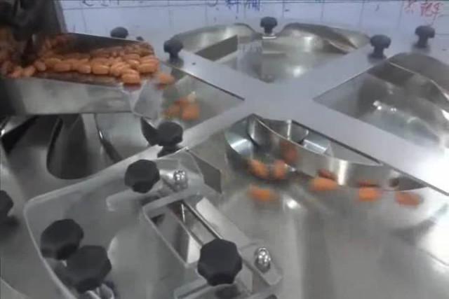 Tabletop Tablet / Capsule Counting Machine TC-100 thumbnail image
